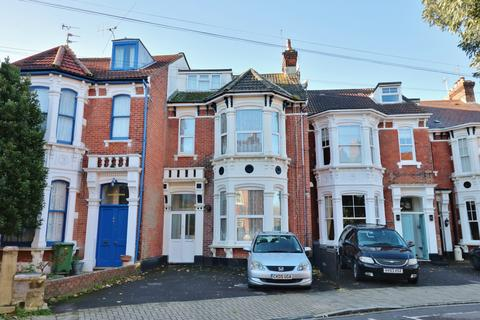 6 bedroom terraced house for sale - Malvern Road, Southsea
