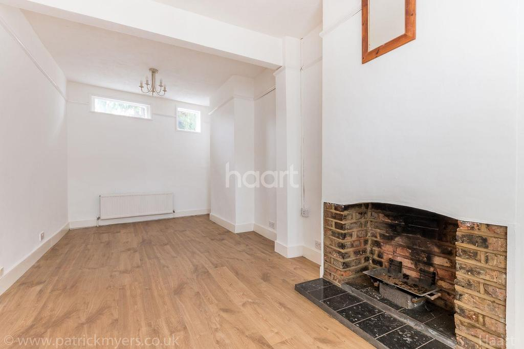 2 Bedrooms End Of Terrace House for sale in Balchier Road,East Dulwich, London, SE22
