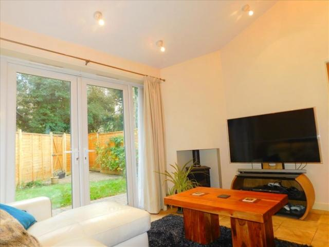 1 Bedroom Bungalow for rent in KS1539 Modern bungalow with smart finishes over-looking woodland