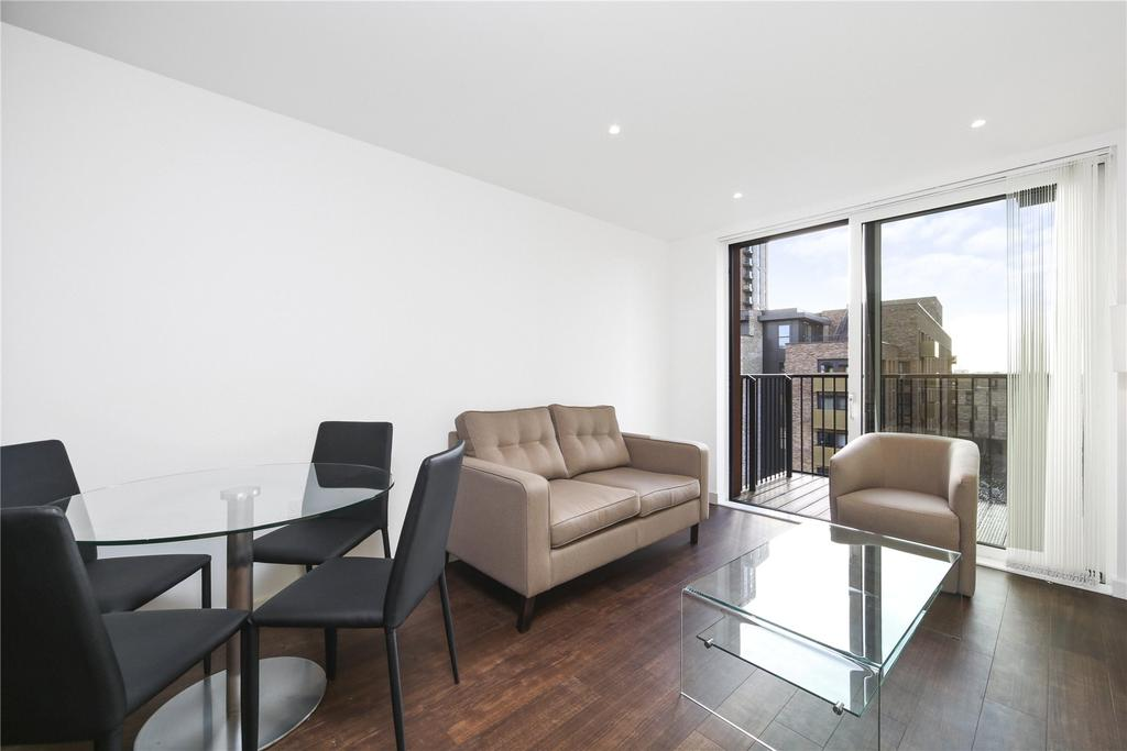 1 Bedroom Flat for sale in Royal Victoria Gardens, Whiting Way, London, SE16