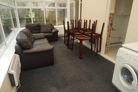 5 bedroom detached house to rent - The Highway, BRIGHTON BN2