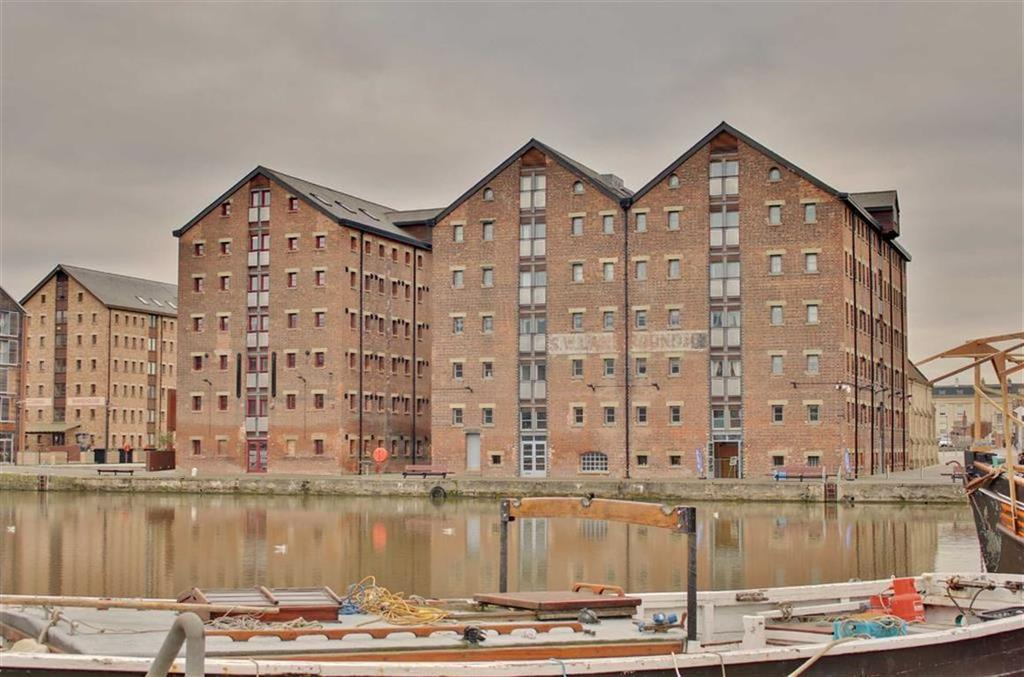 2 Bedrooms Apartment Flat for sale in Double Reynolds, Gloucester Docks