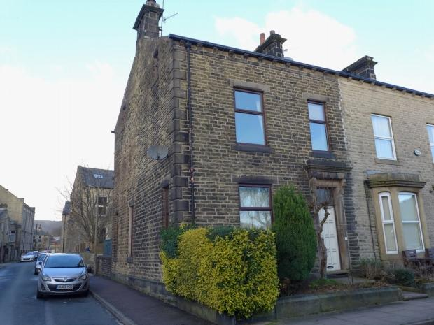 4 Bedrooms End Of Terrace House for sale in Byrom Street Todmorden