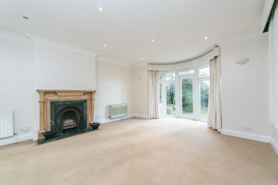 4 Bedrooms House for rent in Upper Cavendish Avenue, Finchley Central, N3