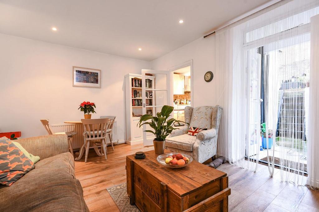 1 Bedroom Flat for sale in Jeffreys Road, Clapham