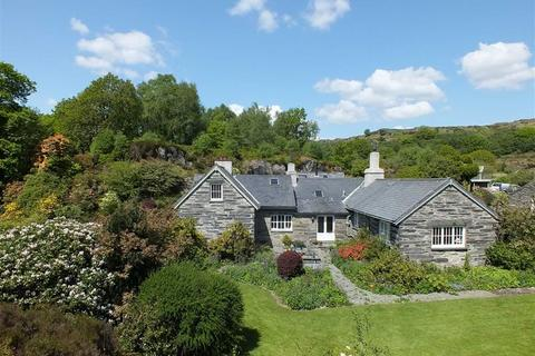 5 bedroom country house for sale - Nr Betws Y Coed