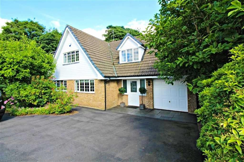 4 Bedrooms Detached House for sale in Pheasant Walk, High Legh, Cheshire, WA16