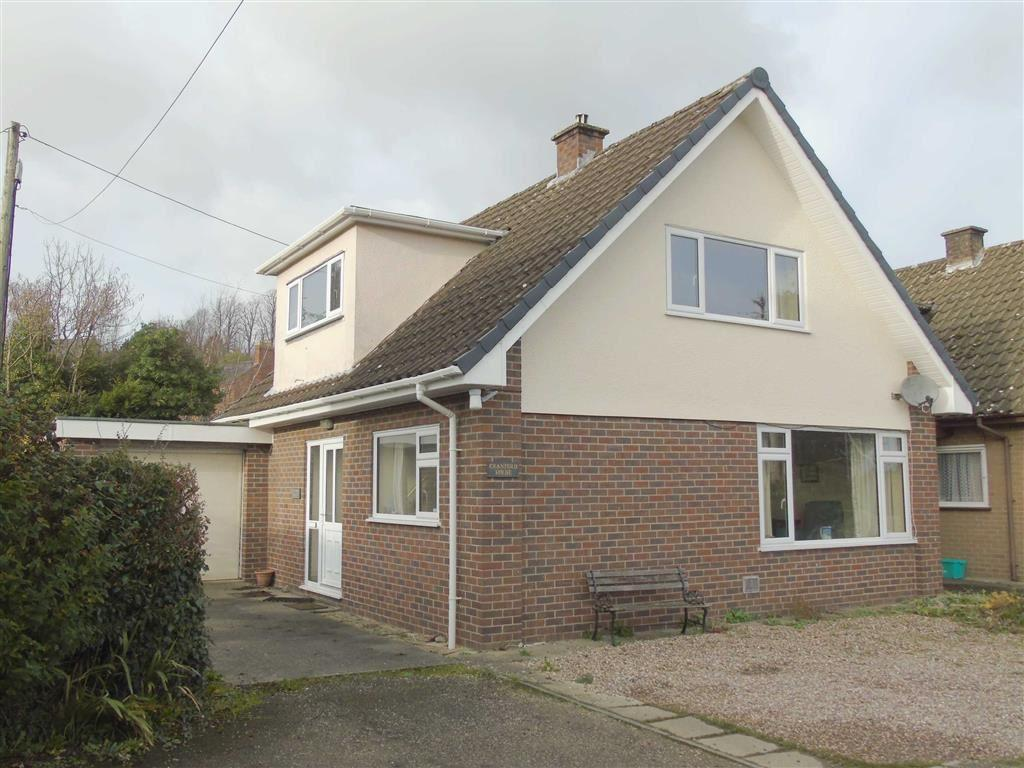 3 Bedrooms Detached Bungalow for sale in Cranford House, Mill Lane, Welshpool, Powys, SY21