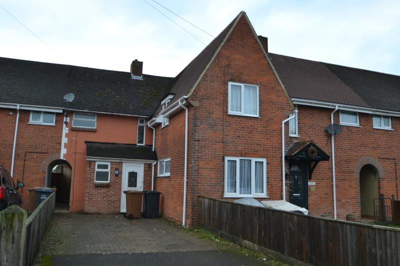 3 Bedrooms Terraced House for rent in King George Road, Andover, SP10 3DQ