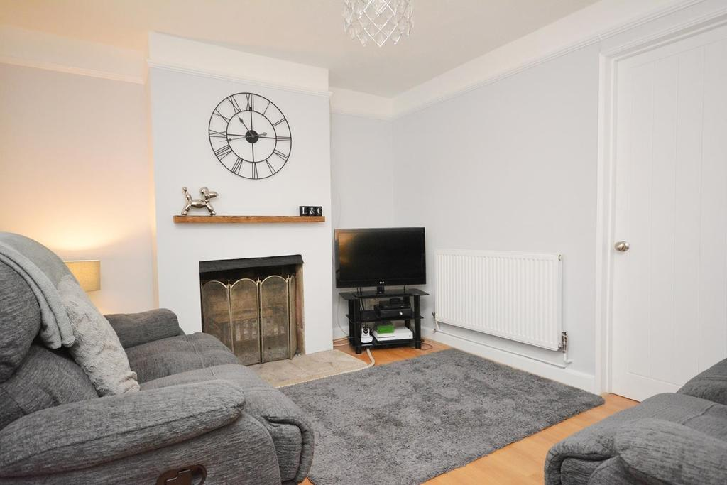 2 Bedrooms Terraced House for sale in South Street, Braintree, Essex, CM7