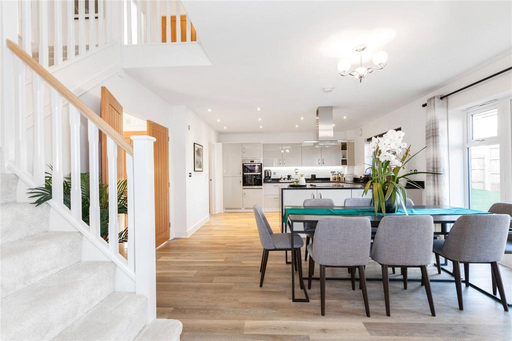 5 Bedrooms Detached House for sale in Plot 36, Woolton Hill, Newbury, Berkshire, RG20