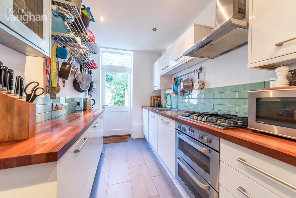 3 Bedrooms Terraced House for rent in Sudeley Place, Brighton, BN2