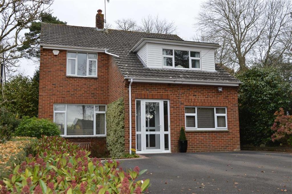 4 Bedrooms Detached House for sale in Giddylake, Wimborne, Dorset