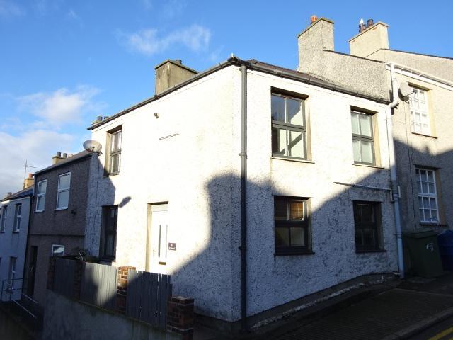 2 Bedrooms Terraced House for sale in SNOWDON STREET, FELINHJELI LL56