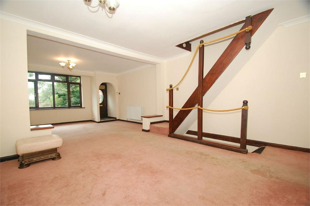 4 Bedrooms Terraced House for sale in Imperial Road, Gillingham, ME7