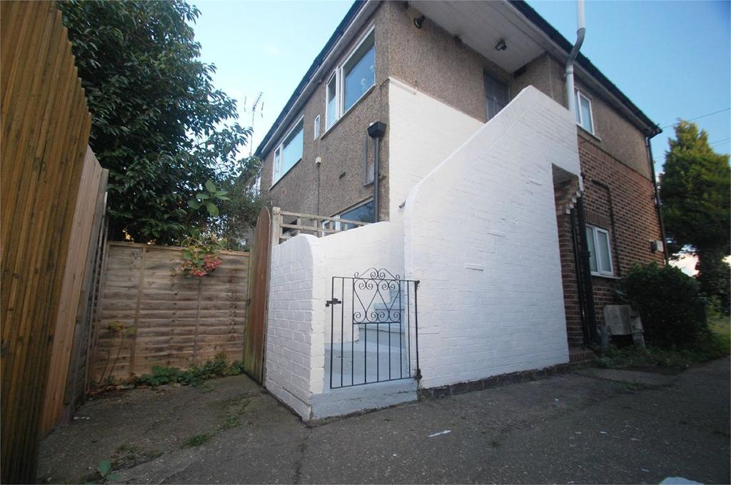 2 Bedrooms Maisonette Flat for sale in Perry Street, Crayford, Dartford, DA1