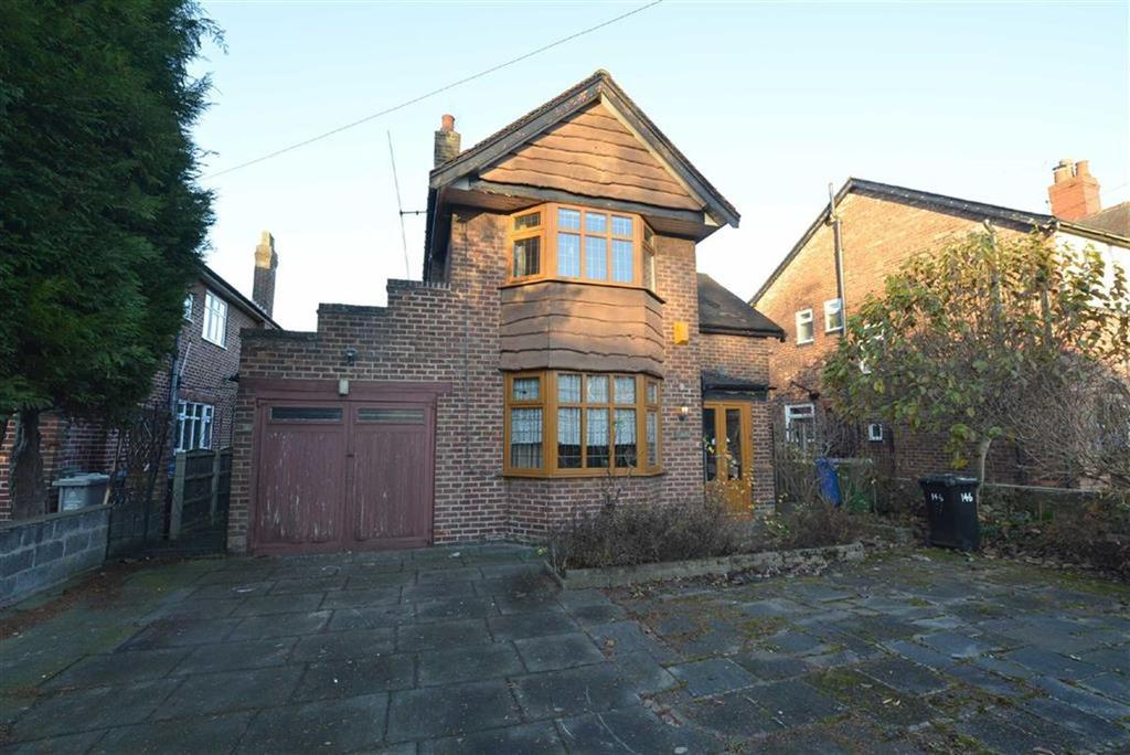 3 Bedrooms Detached House for sale in Urmston Lane, STRETFORD