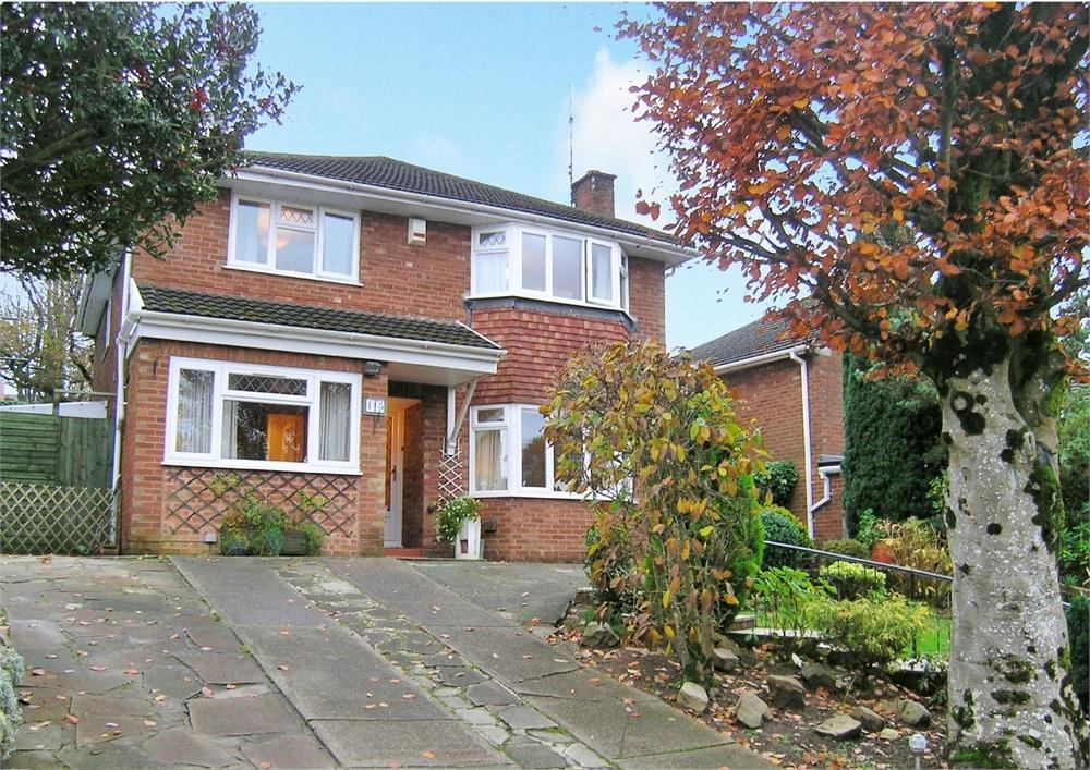 3 Bedrooms Detached House for sale in Carisbrooke Way, Penylan, Cardiff
