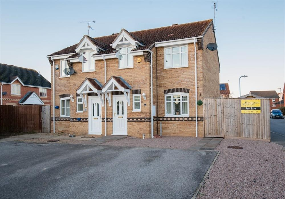 3 Bedrooms Semi Detached House for sale in Fleming Court, Wyberton, Boston, Lincolnshire