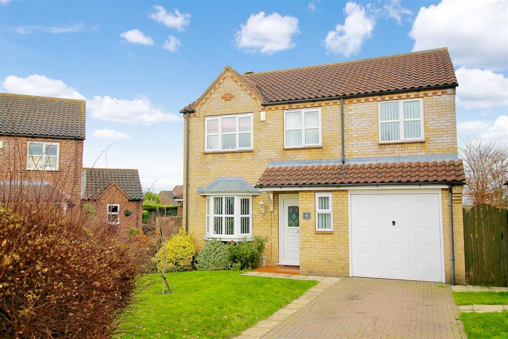 4 Bedrooms Detached House for sale in Hales Lane, Navenby, Lincoln