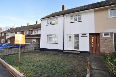 3 bedroom end of terrace house for sale - Mascalls Way, Chelmsford