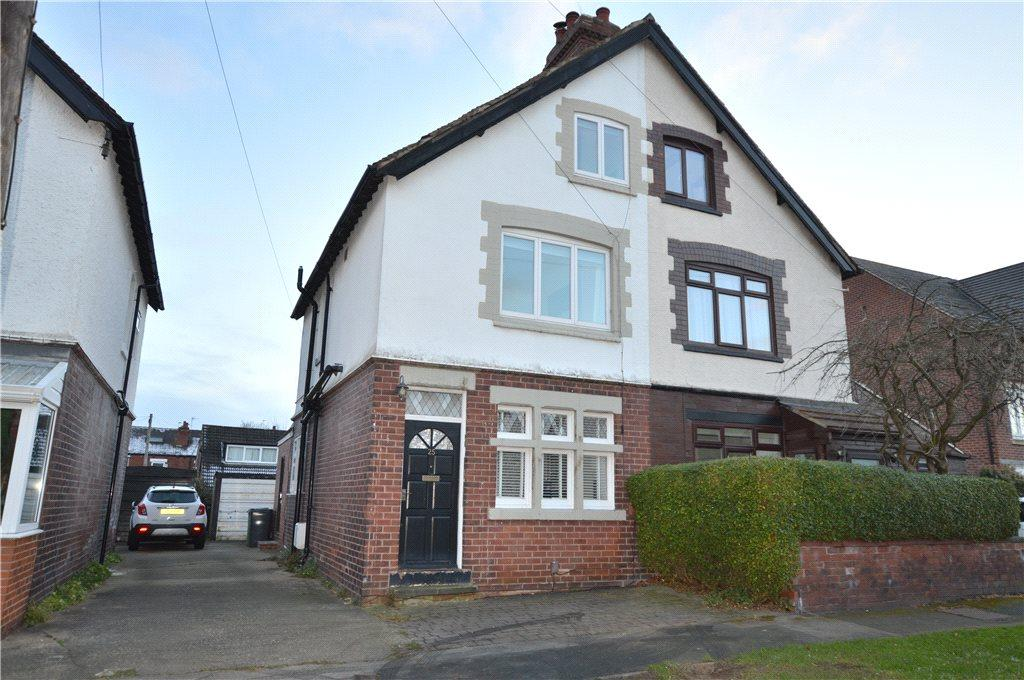 4 Bedrooms Semi Detached House for sale in Chandos Avenue, Roundhay, Leeds