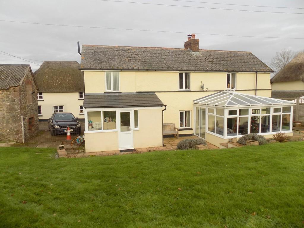 2 Bedrooms Detached House for sale in Woodland Head, Yeoford