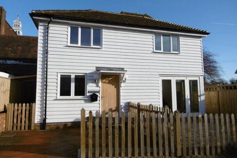 2 bedroom detached house to rent - Stone Street, Cranbrook, Kent TN17 3HF