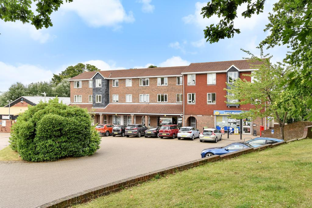 2 Bedrooms Apartment Flat for sale in Little Market Row, Leybourne