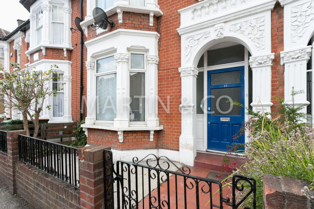 3 Bedrooms Terraced House for sale in Crosby Road, London