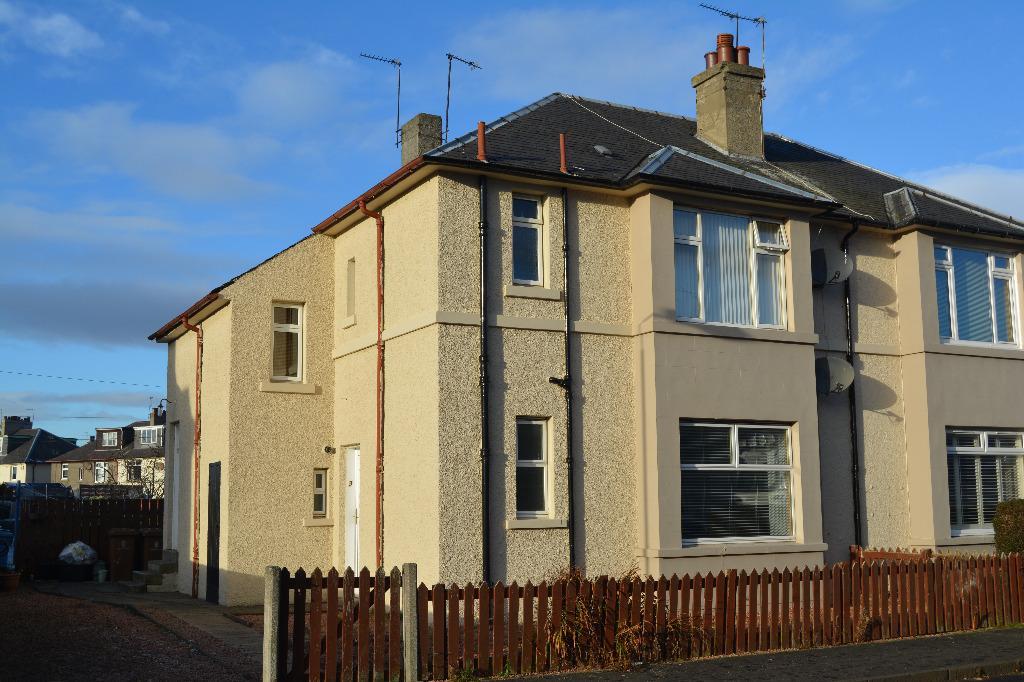 1 Bedroom Flat for sale in George Street, Grangemouth, Falkirk, FK3 9AH