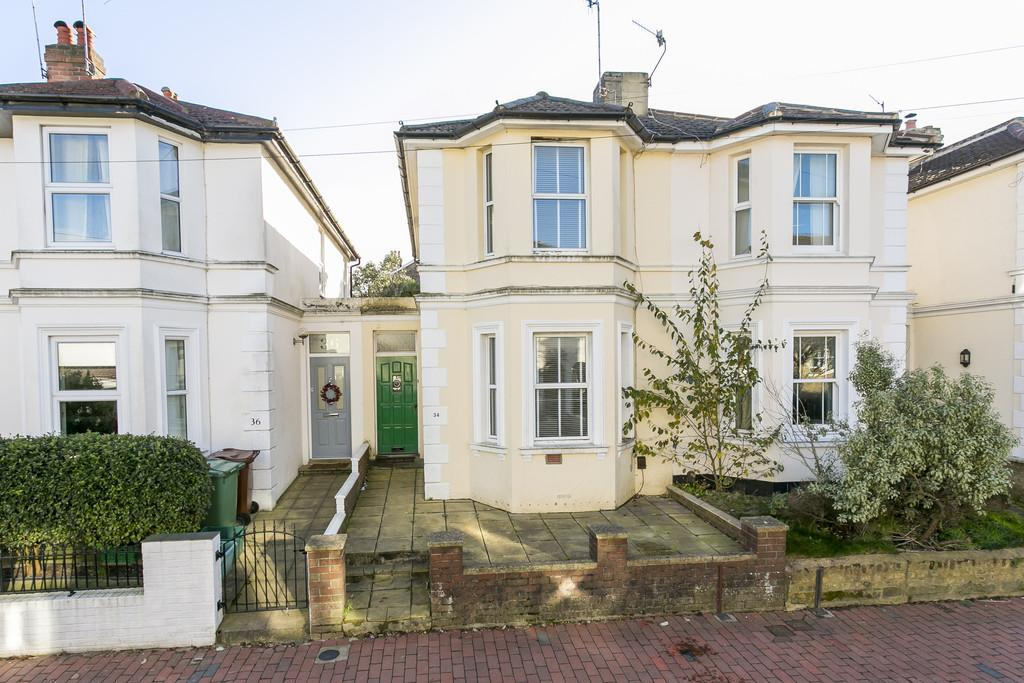 3 Bedrooms Terraced House for sale in Albion Road, Tunbridge Wells