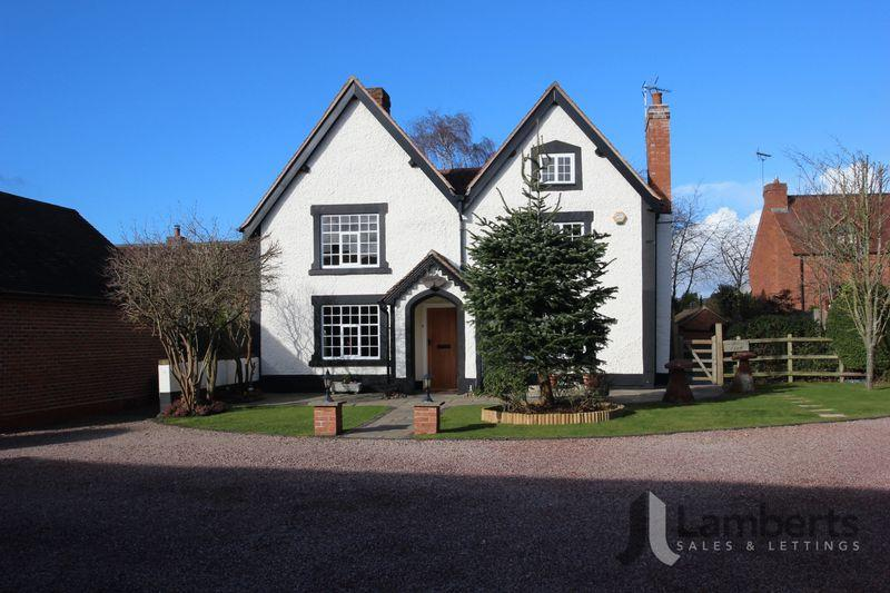 4 Bedrooms Detached House for sale in Green Lane, Studley