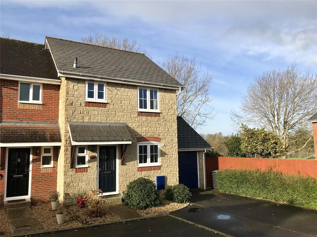 3 Bedrooms Semi Detached House for sale in Woodmills Close, Stalbridge, Sturminster Newton, Dorset