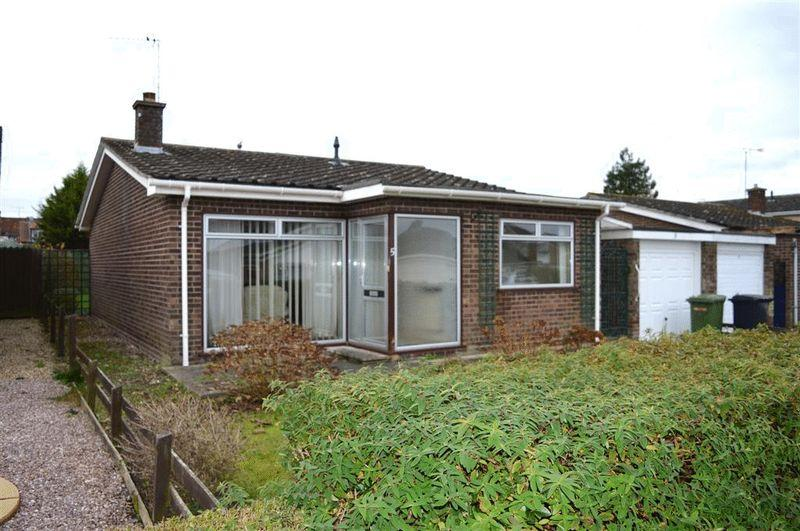 2 Bedrooms Detached Bungalow for sale in Frost Close Watton