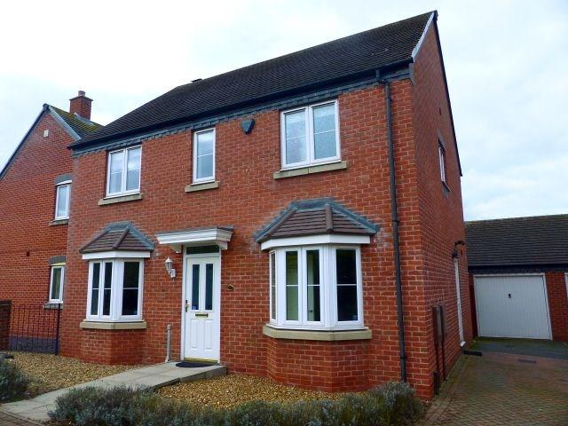 4 Bedrooms Detached House for sale in Armada Close, Staffordshire