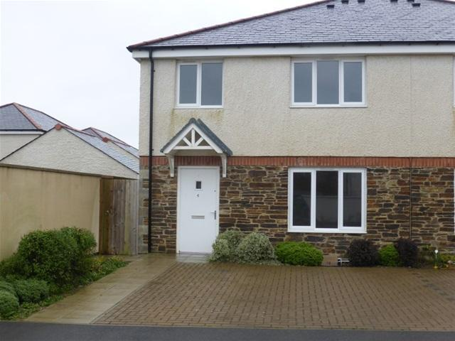 4 Bedrooms Semi Detached House for rent in Townsend Street, Pen an Dre, Truro