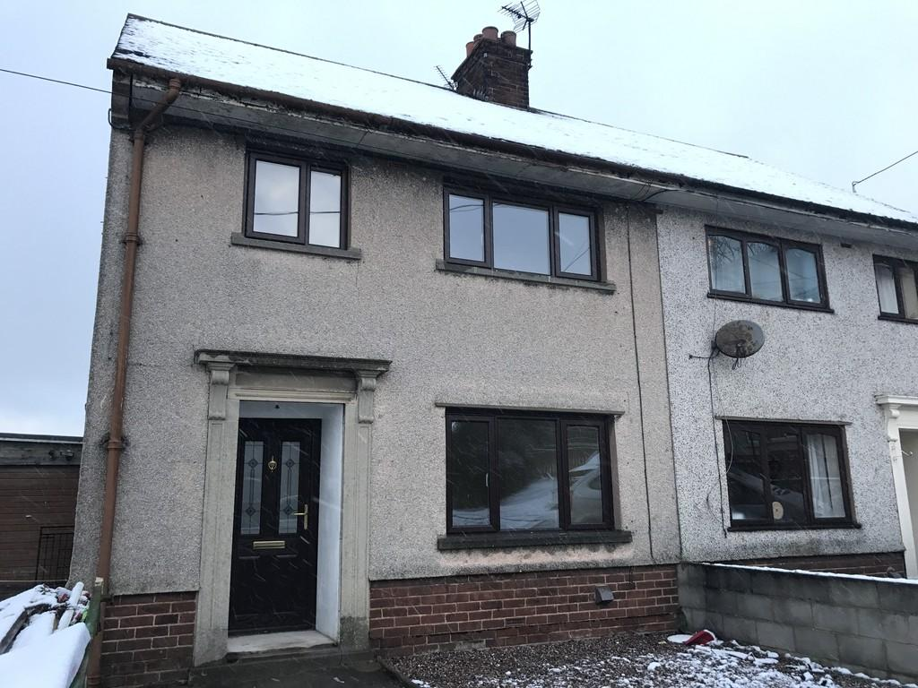 3 Bedrooms Semi Detached House for rent in Trelawnyd