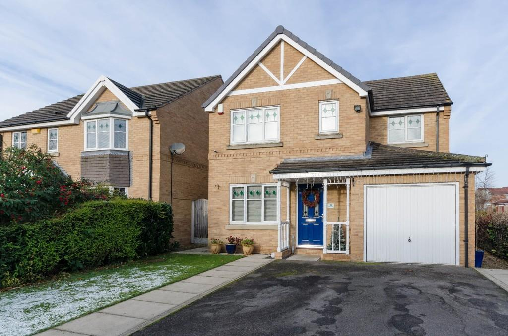 4 Bedrooms Detached House for sale in Stratus Close, Ackworth