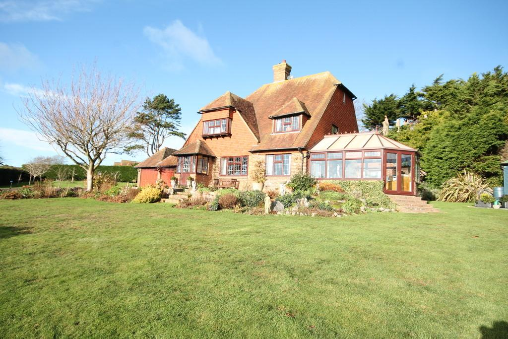 4 Bedrooms Detached House for sale in Greenacre, Windmill Lane, East, Dean, Eastbourne, BN20 0EJ