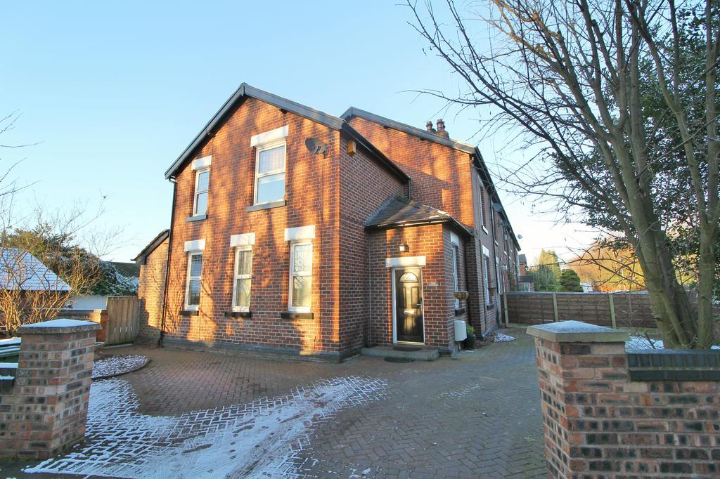 3 Bedrooms Semi Detached House for sale in POYNTON ( PARK COTTAGE, LONDON ROAD NORTH )