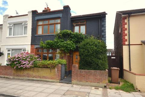 3 bedroom end of terrace house for sale - Lichfield Road, Baffins, Portsmouth