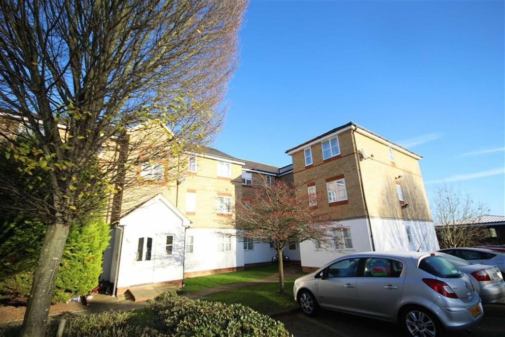1 Bedroom Flat for sale in Clarence Close, New Barnet, Hertfordshire