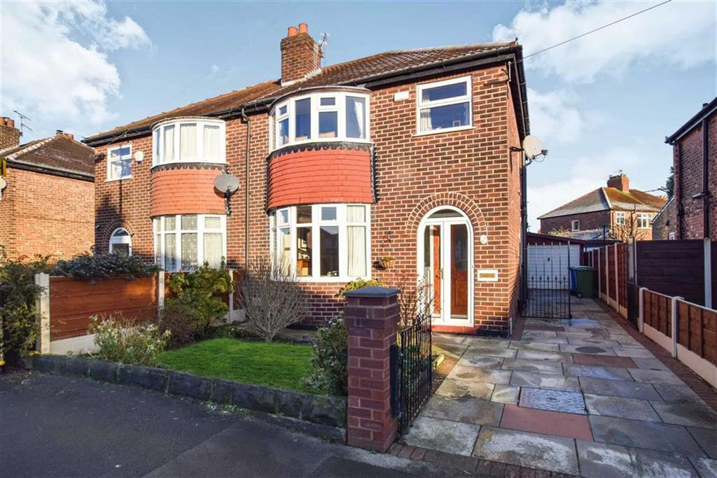 3 Bedrooms Semi Detached House for sale in Ash Grove, Altrincham, Cheshire, WA15