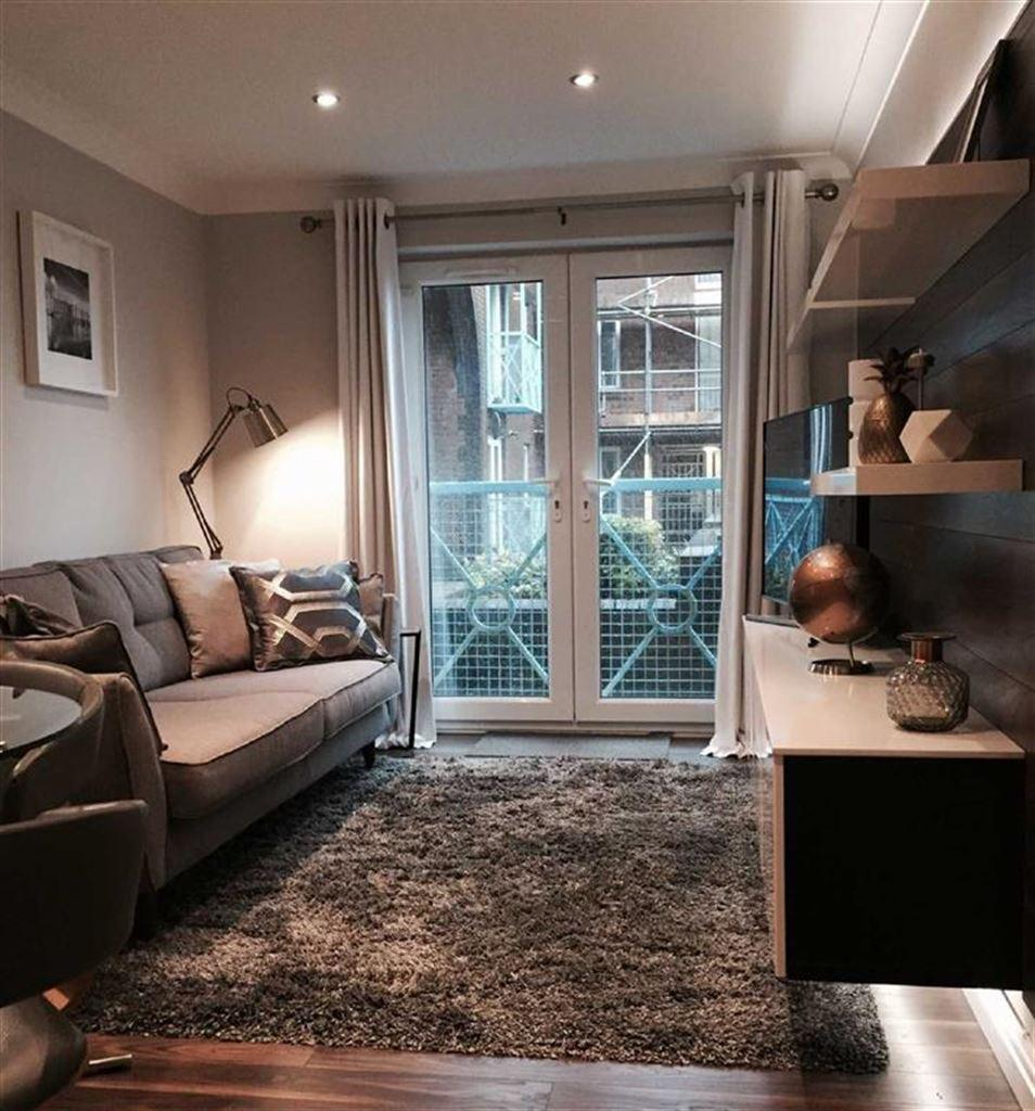 2 Bedrooms Apartment Flat for sale in Weavers House, Mannheim Quay, Swansea