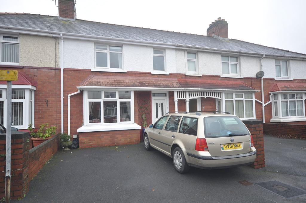 3 Bedrooms Terraced House for sale in 3 Furnace Road, Carmarthen, SA31 1EU