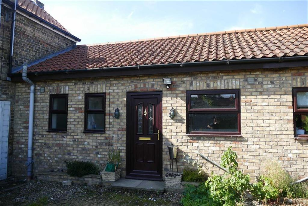 1 Bedroom Terraced Bungalow for sale in High Street, Holme On Spalding Moor