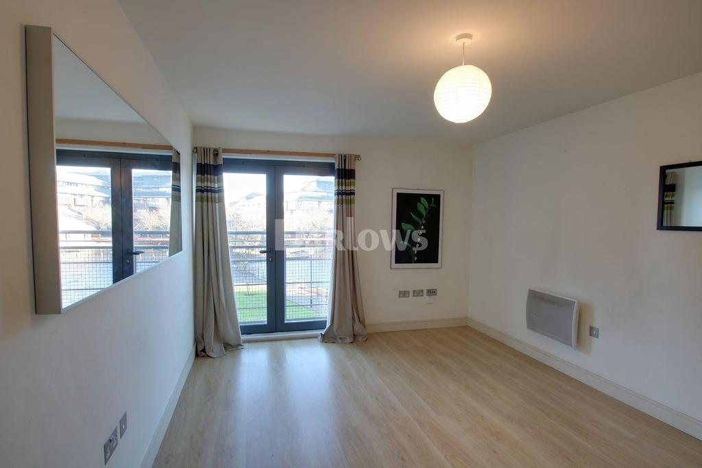 1 Bedroom Flat for sale in Galleon Way, Cardiff Bay