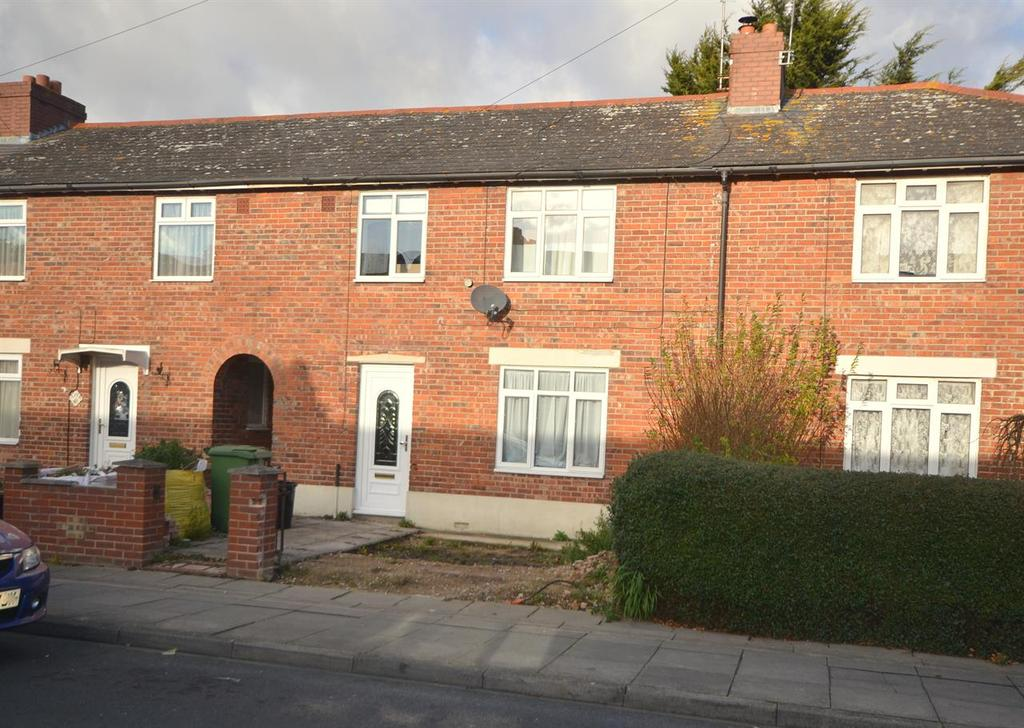 3 Bedrooms Terraced House for sale in Hayling Avenue, Baffins, Portsmouth