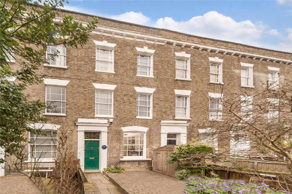 3 Bedrooms Terraced House for sale in St Leonards Square, Kentish Town, London